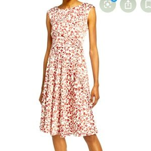 TAHARI floral fit and flare dress - size 16 👗